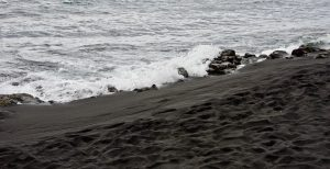 Panalu'u Black Sand Beach in Hawaii